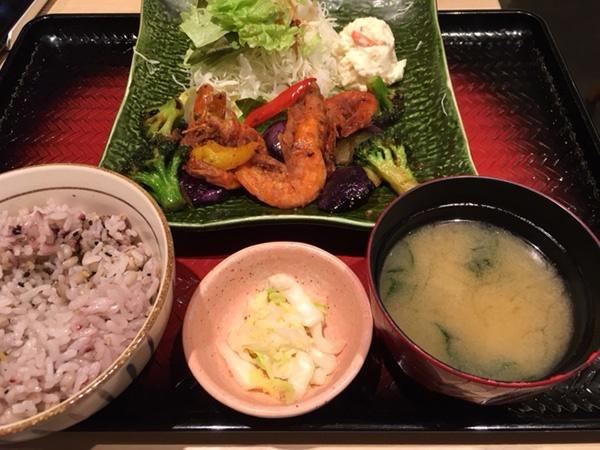 エビと野菜の豆鼓(とうち)炒め,大戸屋,定食